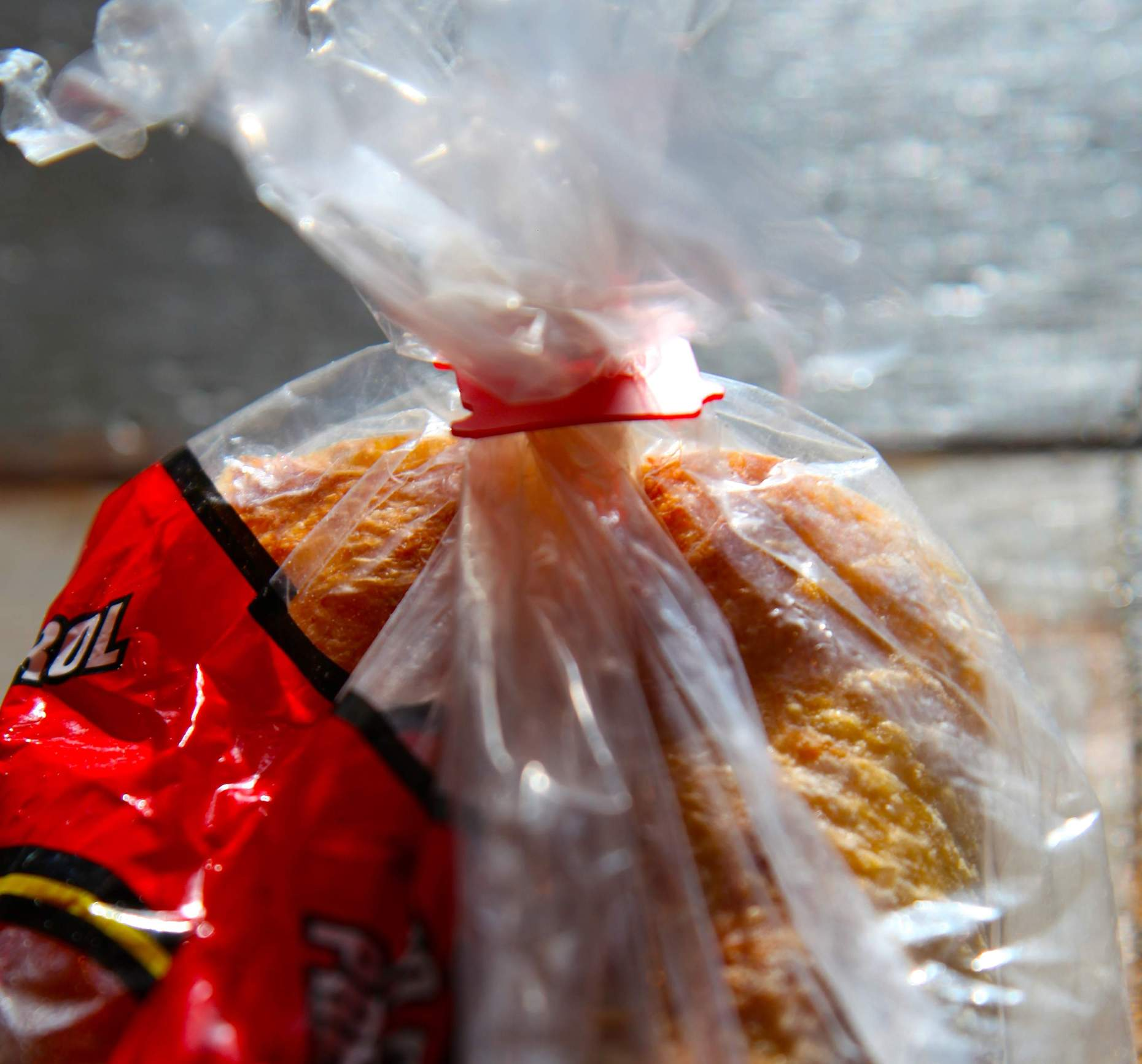 The little plastic bread clip