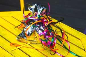 Turn a chip bag into a gift bag, Photo: Liesl Clark