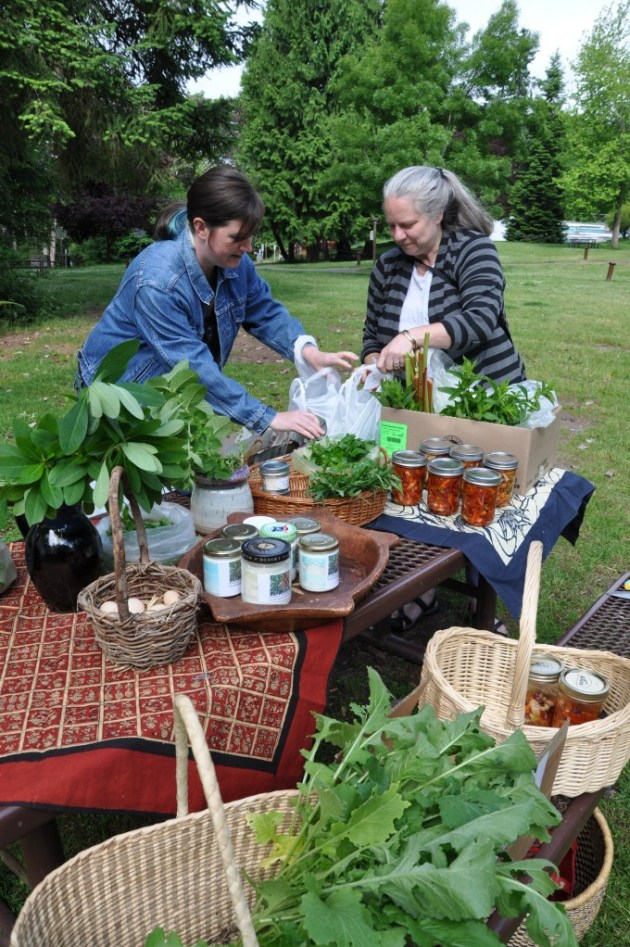 Neighbors Share Garden Bounty with Each Other in a Public Park, photo by Rebecca Rockefeller