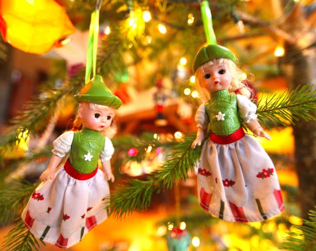 Doll Ornaments, Photo © Liesl Clark