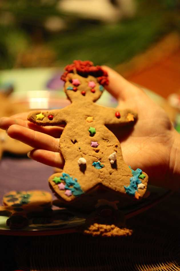 Gingerbread People Love to be Decorated, Photo © Liesl Clark