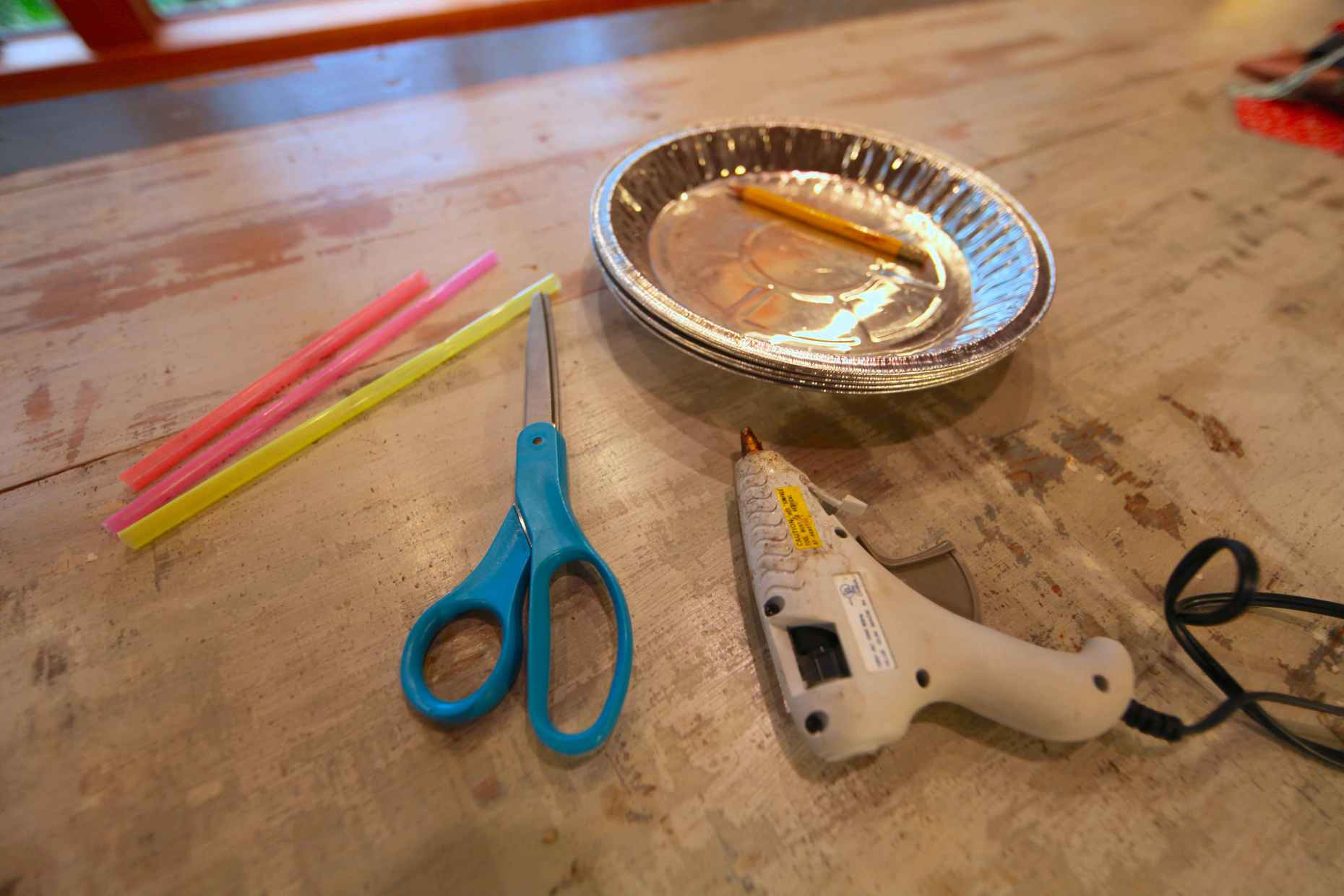 Heart wands are easy. All you need are pie tins, straws, and a glue gun. Photo © Liesl Clark