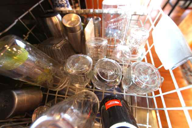 Crystal clear dishes again. Photo © Liesl Clark