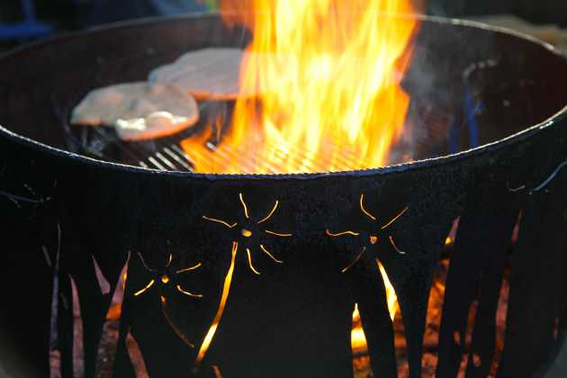 The allure of the fire pit. Photo © Liesl Clark