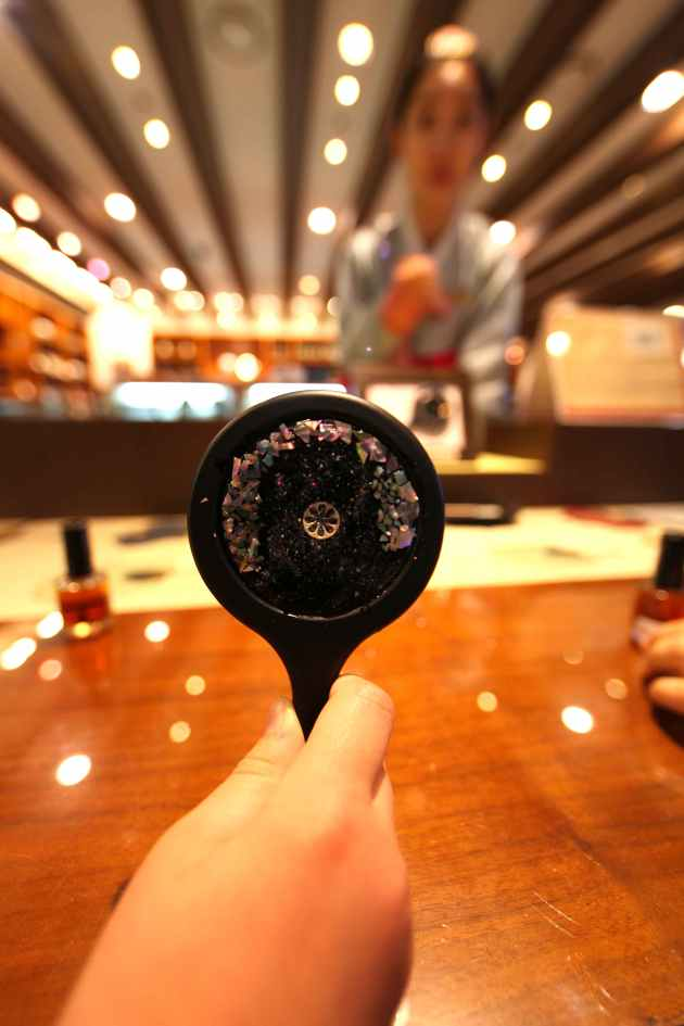 A Hand Mirror Made in the Korean Na-Jeon Style © Liesl Clark