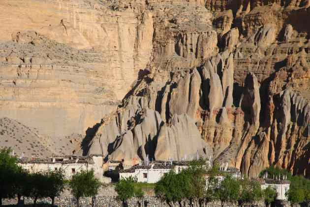 Help us preserve the beauty of Upper Mustang, Nepal. © Liesl Clark